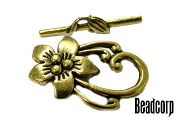 30x20mm Gold Flower Base Metal Toggle Clasp