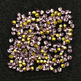 Crystal Pointed Back Chaton Rhinestones - (Light Amethyst)