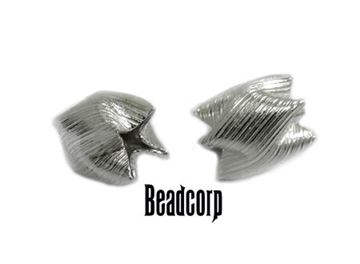 8.7x6.7mm Sterling Silver Satin Corrugated Interlock Beads